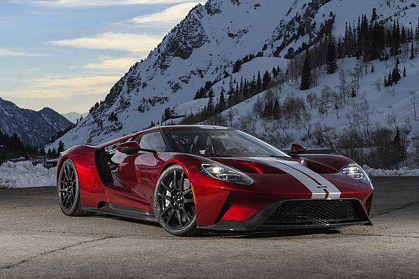 Automotive 2017 Ford GT first drive: Le Mans-winning racer built for the street