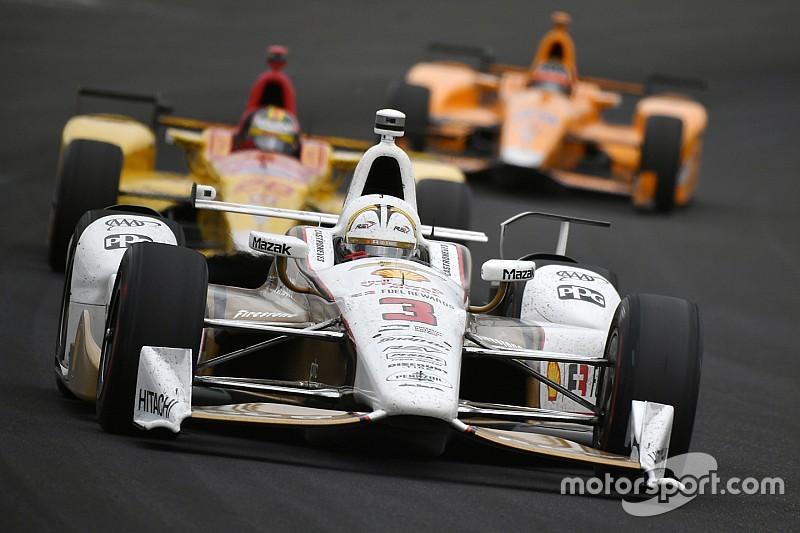 Championnat - Castroneves vire en tête après Indy