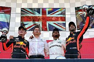 Hamilton stap dichter bij titel na zege in Japan, Verstappen sterk tweede
