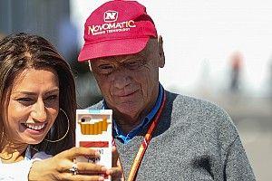 Lauda heeft medelijden met Ferrari en Vettel na nieuwe pech in Japan