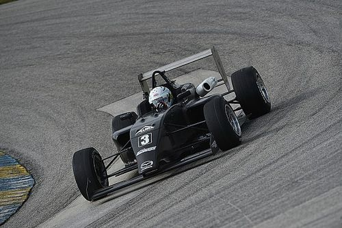 Askew stretches advantage, Martin rises in MRTI testing