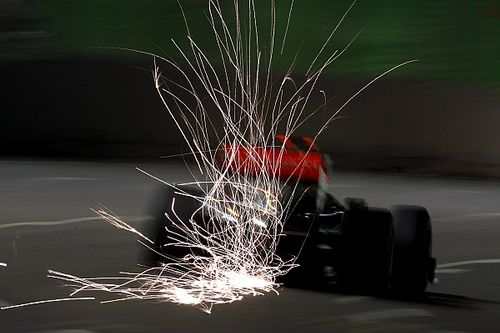 A McLaren ugyan fontos fejlesztési zsetonokat veszít, a legerősebb motorral folytathatják