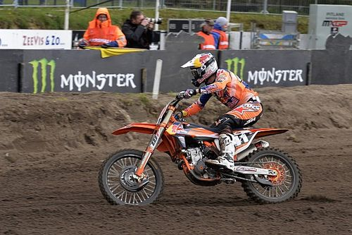 Pauls Jonass vince la qualifica della MX2 come da copione
