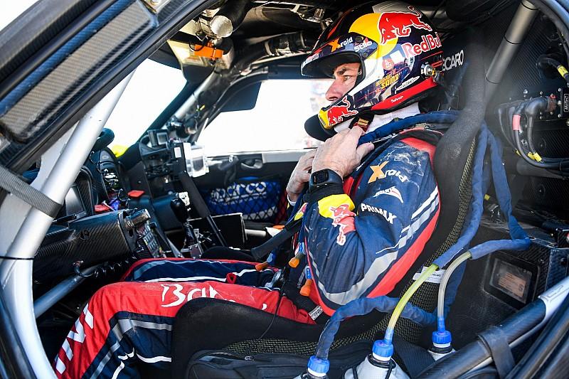 """Sainz geniet van Dakar-zege: """"Niet slecht voor een veteraan"""""""