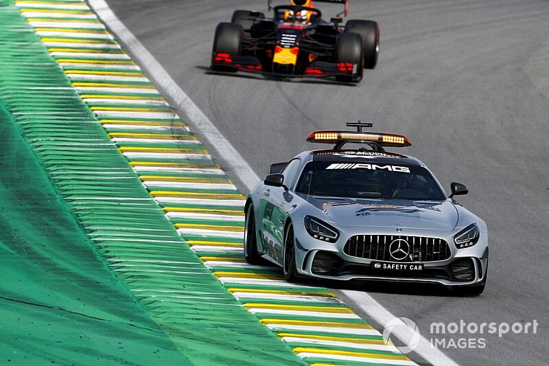 La raison des six tours de Safety Car après l'abandon de Bottas