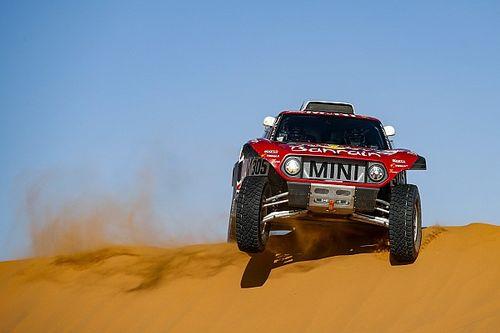 Dakar, Auto, Tappa 10: Sainz vince e allunga. Alonso capotta