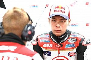 "Nakagami fears tough last race with shoulder ""disaster"""
