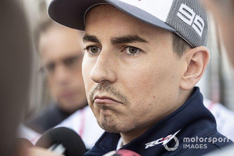 """Lorenzo dice que es """"totalmente falso"""" el rumor sobre su retirada"""