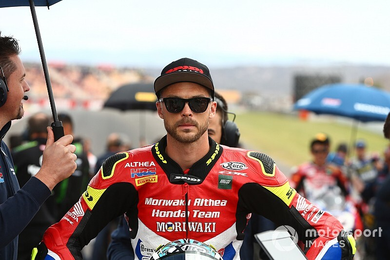 Camier zostaje w World Superbike