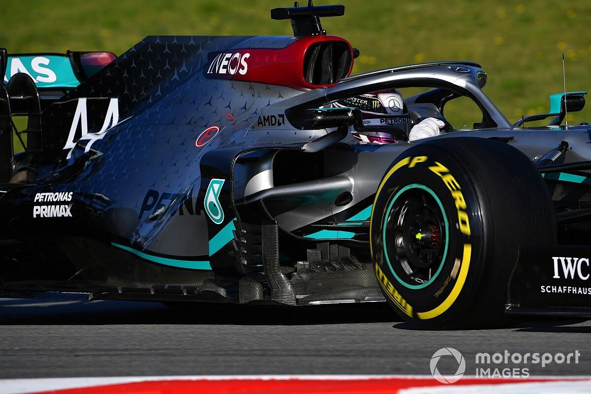 """Hamilton kritisch op Pirelli: """"We hebben betere banden nodig"""""""