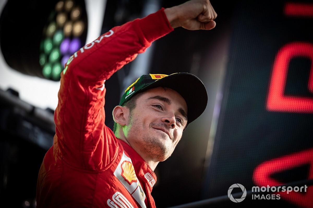"""Leclerc elege """"ídolo"""" Senna como piloto que gostaria de correr junto e elogia Vettel"""