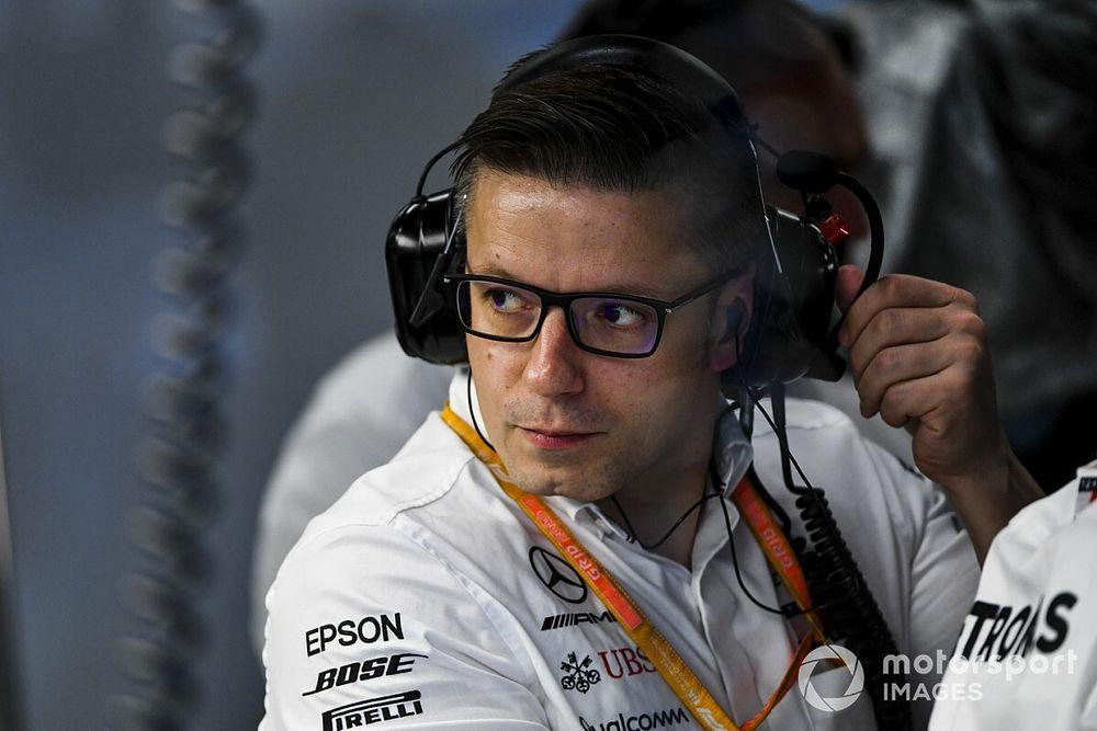 Clamoroso Hamilton: via i due punti, multata la Mercedes!