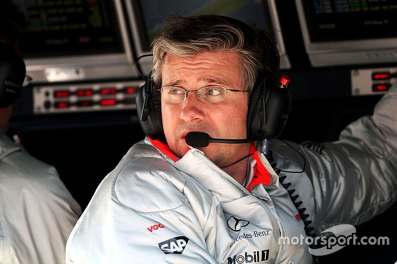 McLaren rehires Fry to bolster technical team