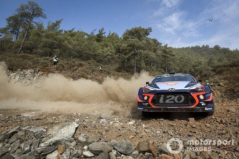 WRC Turkije: Neuville na zeven proeven aan de leiding voor Ogier