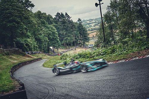 La Jaguar I-Type 2 elettrica ha firmato un nuovo record su una strada in salita!