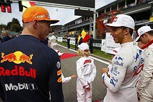 """Horner: Red Bull, 2019'da Verstappen'le """"daha yakından"""" ilgilenecek"""
