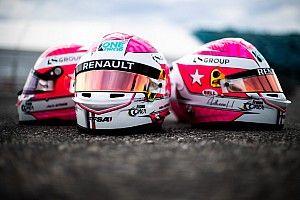 I piloti della Academy Renault in pista con il casco di Hubert