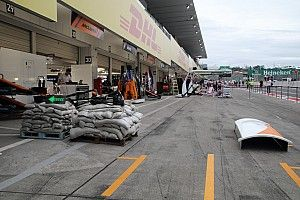 "F1车队和车手如何应对台风""休息日"""