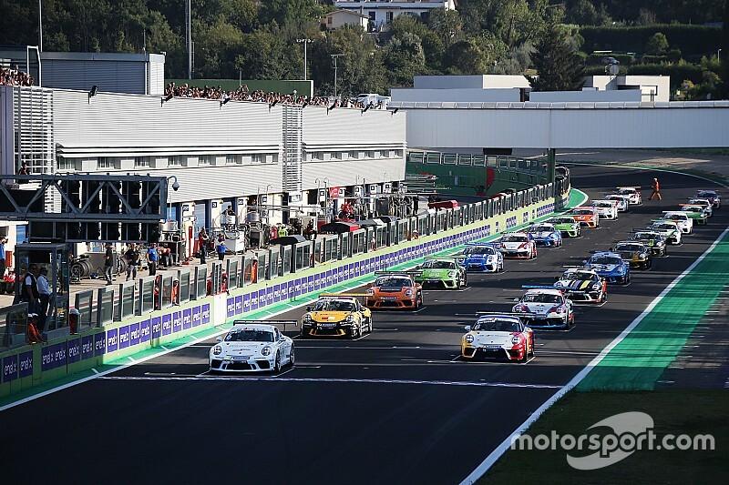 """Carrera Cup Italia al Porsche Festival, """"quelli della notte"""" nella tappa più attesa"""