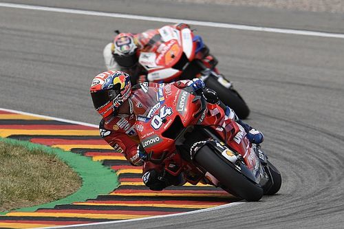 """Dovizioso """"lost his way"""" with Ducati, says Crutchlow"""