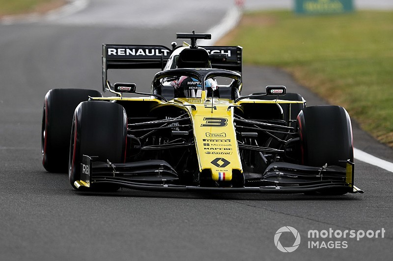 "Ricciardo: MotoGP will ""kick up a fuss"" over Silverstone bumps"