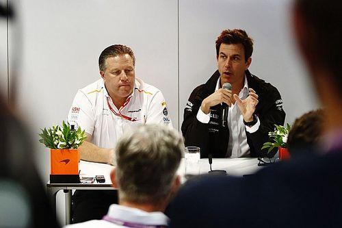 A McLaren nem másolja a Mercedest, mert annál is jobbat akar