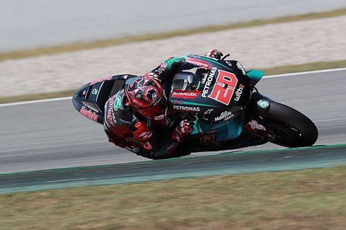 MotoGP, Assen, Libere 1: Quartararo nell'1-2 Yamaha, brutto volo per Lorenzo
