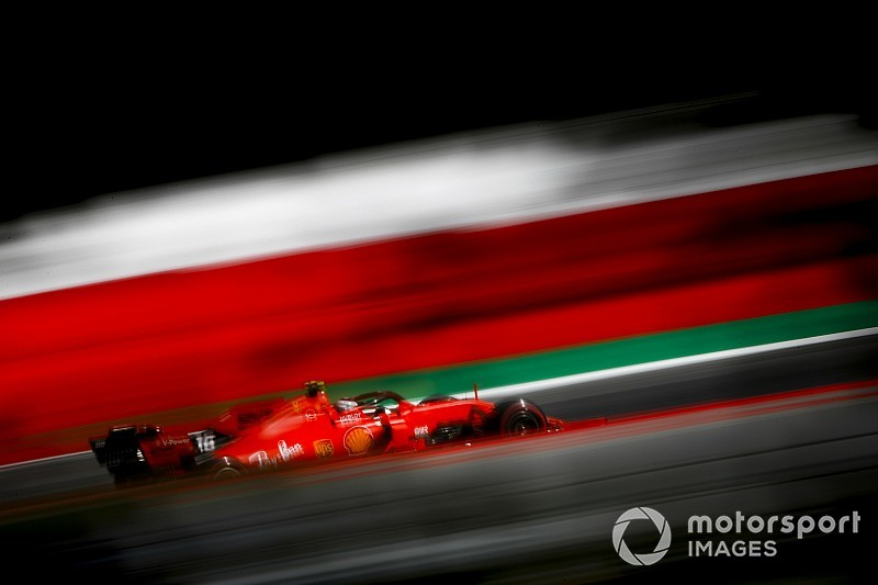 Leclerc planta cara a los Mercedes antes de la clasificación de Austria
