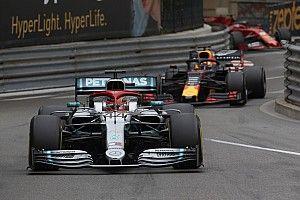 """ويبر وروزبرغ يُثنيان على قيادة هاميلتون """"المذهلة"""" في موناكو"""