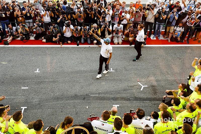 Mercedes'in baskınlığı sonrası F1'in reytingleri düşüyor