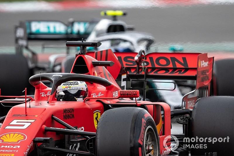ÉLŐ F1-ES MŰSOR: Hihetetlenül erős Mercedes, hihetetlenül lassú Ferrari... Van visszaút?