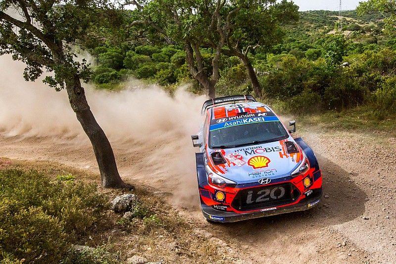 WRC, Rally di Sardegna, PS18: Mikkelsen cala il tris e vede Evans. Tanak gestisce