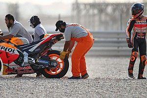 Сезон MotoGP стартовал. Зарко упал на первом же быстром круге (и не он один)