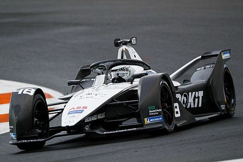Venturi's Mortara tops first morning of Valencia Formula E test