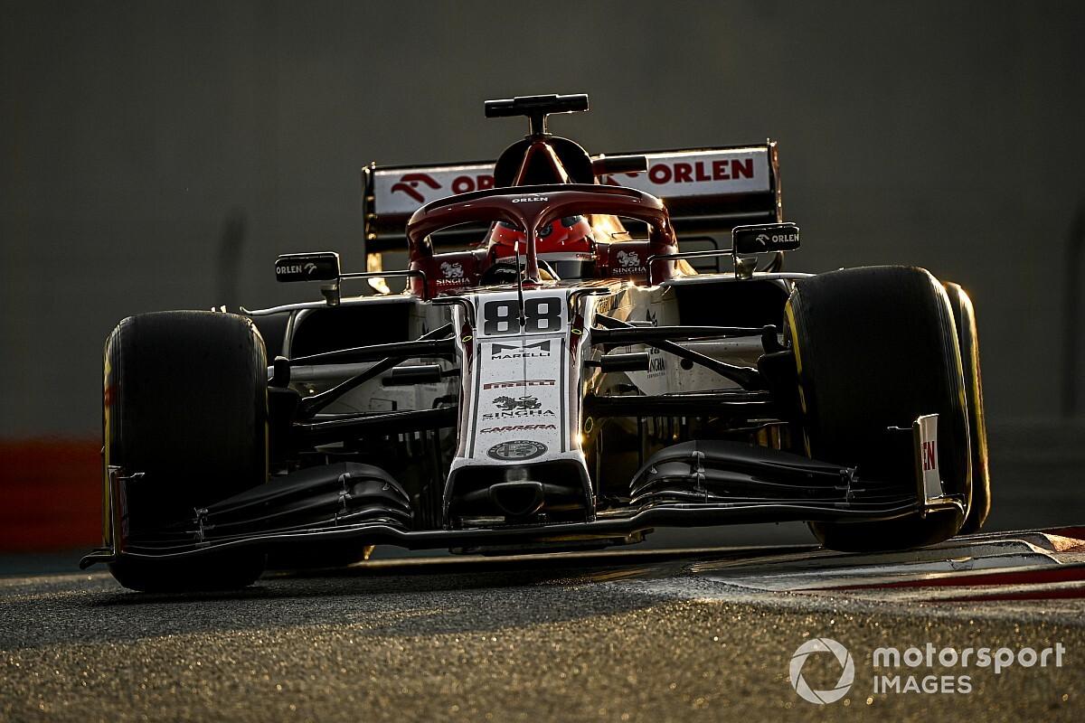 Mercedes-orral törne előre az Alfa Romeo