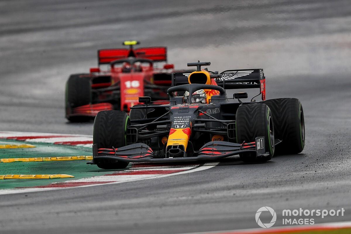 """Verstappen likt zijn wonden: """"Drama, een race om snel te vergeten"""""""
