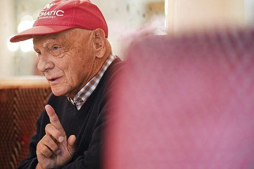 VIDEO: Mercedes rinde tributo a la memoria de Niki Lauda