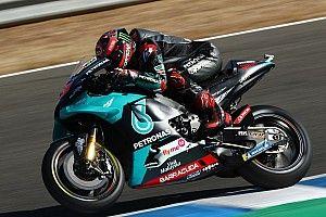 Quartararo lidera el warm up de Andalucía; Dovizioso despierta