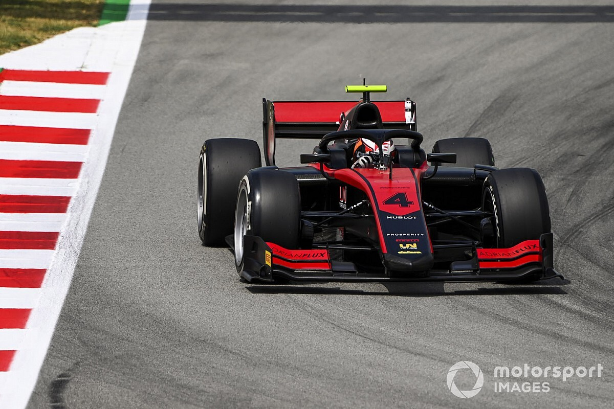 """فورمولا 2: إيلوت يعزز صدارته للبطولة بتسجيل """"البول بوزيشن"""" في إسبانيا"""