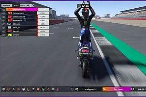 Лоренсо с первой попытки выиграл виртуальную гонку MotoGP