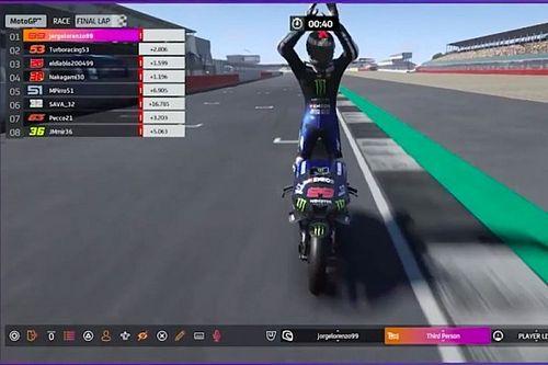 Lorenzo gana la carrera virtual de MotoGP en Silverstone