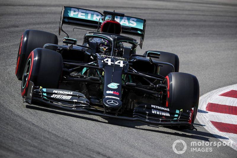 Hamilton lidera la 3° práctica y Pérez es quinto