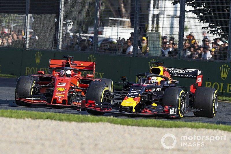 """Honda permite a Verstappen """"intentarlo"""" en las rectas"""