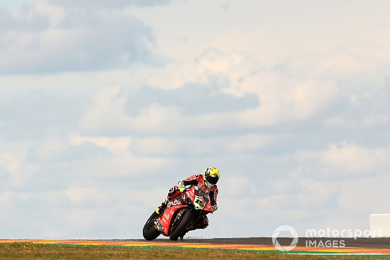 Aragon WSBK: Bautista wins as Rea outduels Lowes