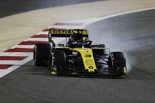"""Allarme Renault: la R.S.19 di Ricciardo era """"elettricamente pericolosa"""" con la spia rossa accesa"""