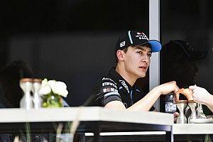 Russell begint aan testdag voor wereldkampioen Mercedes