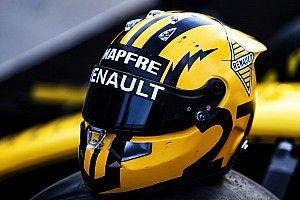 Photos - Les casques rétro des pilotes Renault F1