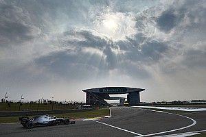 Bottas lidera sobre Vettel una sesión que acaba en fuerte accidente de Albon