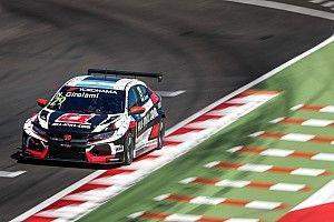 Джиролами на Honda одержал победу в первой гонке WTCR на «Хунгароринге»
