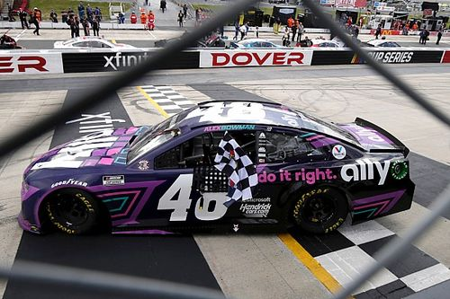 NASCAR Dover: Bowman holds off Larson for second win of 2021